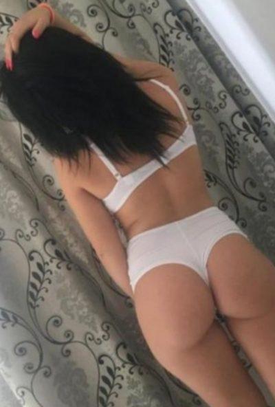 ΑΝΤΖΕΛΑ : Προσφέρω Γλυκό Σεξ